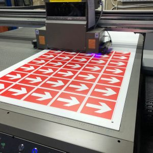 Печать на пластике